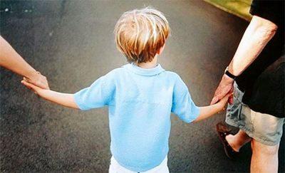 Collocamento paritetico dei figli minori e mantenimento diretto